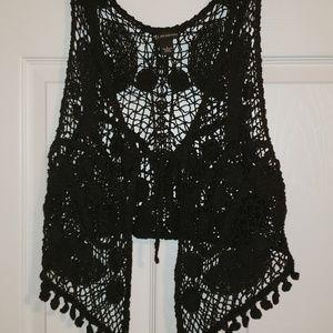 EUC BEAUTIFUL Crocheted cardigan vest